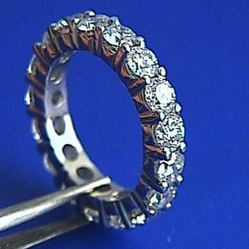 4.22ct Round Diamond Wedding Band Eternity Ring 18kt JEWELFORME BLUE
