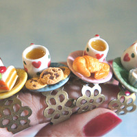 pastry and tea ring