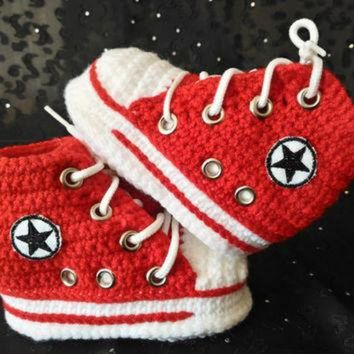 DCKL9 Baby Red Converse, Baby Shower Gift, Red Crochet Booties, Baby Converse Booties, Conve