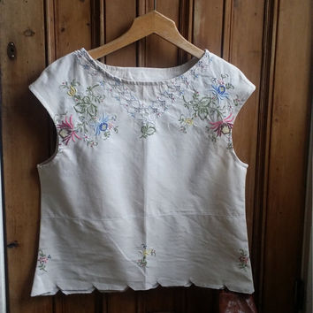 Ladies embroidered boho blouse vtg linens summer top hippie sleeveless blouse womens blouses Dolly Tospy Etsy UK