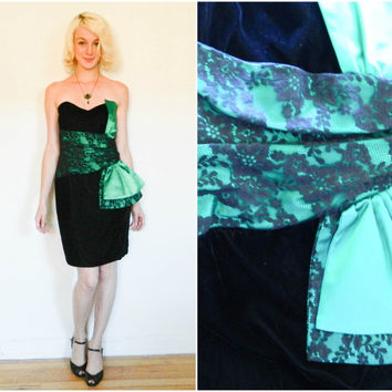 80s vintage Gunne Sax strapless velvet dress / sexy cocktail dress / Homecoming dress / Black and green velvet dress size small s xs