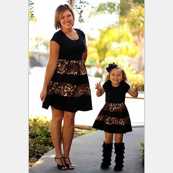 2017 Leopard Fashion mommy and me Family Matching Outfits mother and daughter clothes Mom and daughter dress family look nmd