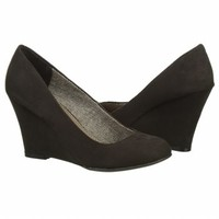 Women's FERGALICIOUS  TINY TOO2 Black FamousFootwear.com