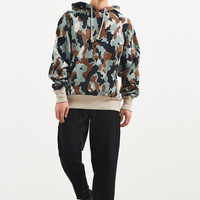 Champion & Urban Outfitters Camo Reverse Weave Hoodie Sweatshirt | Urban Outfitters