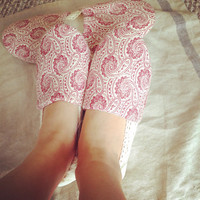 Woman Indoor Shoes / House Slippers