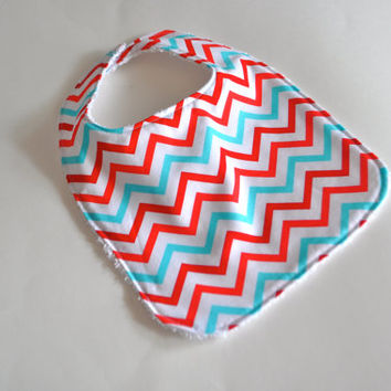 July 4th Baby bib, July 4th bib, Red white and blue baby bib,American chevron bib,Baby gift for new baby,Red white and blue bib,USA bib
