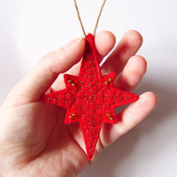Red Christmas ornament, red felt Christmas star ornament, rustic decoration, felt Christmas Tree ornament, winter home decor, gift idea