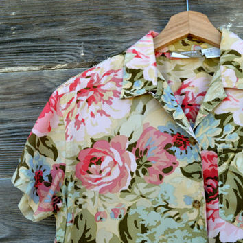 Lovely Vintage Floral Button Up Blouse - Size Petite Small