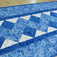 Quilted Judaica Table Runner Star of David 543