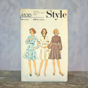 Vintage Dress Sewing Pattern Style 4530,  Misses  Dress Size 12 Medium Printed Pattern One Piece Dress with retro gathered sleeves slit neck