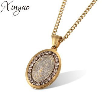 XINYAO 2017 Crystal Jesus Piece Pendant Necklace For Men Women Stainless Steel Gold Coin Chain Necklace Christian Jewelry F8008