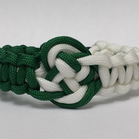 St Pattys Day Bracelet, Irish Paracord Bracelet, Saint Paddys Day Survival Bracelet,Irish Bracelet,Custom Bracelet.26 Colors To Choose From