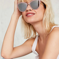 Quay Super Girl Cat-Eye Sunglasses - Urban Outfitters