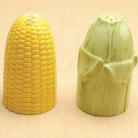 Ceramic Ear of Corn Salt and Pepper Shakers 4H