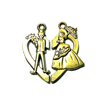 pair of Victorian couple in a half heart pendants, antique gold metal alloy - C106