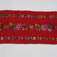Vintage Table Runner, Embroidered, Flower hand embroidery on red felt, Felted serape, Cottage Chic, Tablecloth, Polish Folk, Table topper