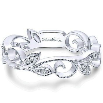 Gabriel 14K White Gold Vintage Style Floral Leaf Stackable Ring