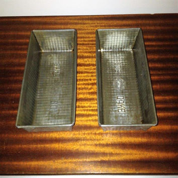 """Vintage 1960s Pair (2) of WILLOW """"Log Cake """" Tin / Loaf Tin / Made in Australia by WILLOW / Mid Century Baking"""