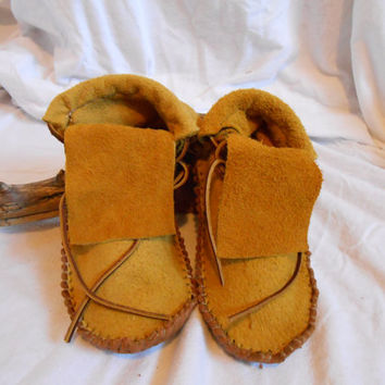 Gold Elk;/Deer Hide Short Moccasins, Traditional Native American Custom Handmade, Handsewn by Oglala Lakota