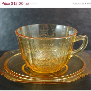 ClearanceSale Yellow Depression Glass Teacup and Saucer - Madrid Pattern, 1930s Federal Glass Company