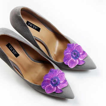 Cosmos flower - shoe clips, shoe accessories, shoe fashion, real glitter, leather accessories, wedding shoe