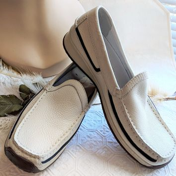 Geox Respira White Pebbled Leather Navy Suede Trim Moccasin Shoe Size 40