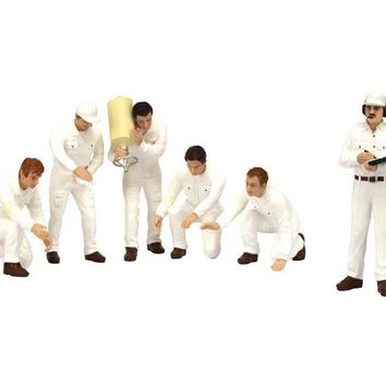 F1 Pit Crew Figurines Classic Style White Set of 6 pc for 1/18 Scale Models by True Scale Miniatures
