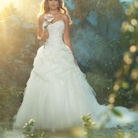 Alfred Angelo's Bridal Collections and Wedding Styles Style 227