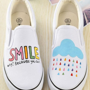 Women Low Graffiti Casual Shoes Hot Sales Product Girl Canvas Shoes Fashion Hand Painted Shoes Zapatones 2017 Spring Loafers
