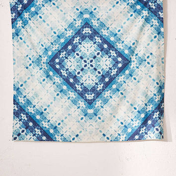 Melembe Shibori Tapestry - Urban Outfitters