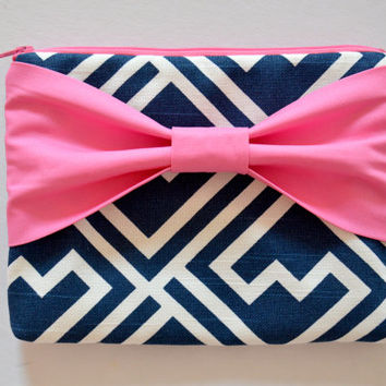 Clutch Pouch Cosmetic Case MakeUp Bag Accessory Pouch Zippered Navy & White Pattern with Pink Bo