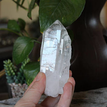 """4"""" LARGE Clear Quartz Point, Raw Natural Quartz Wand, Clear Crystal Point, Wiccan Altar Supplies, Natural Crystal Wand, Wicca Healing Stone"""
