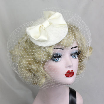 Wedding Veil, Ivory White Birdcage Veil, Women's Hat, Bow Fascinator, Hair Accessory, Bridal Veil