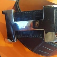 "OMG"" Authentic Hermes Crocodile belt SIZE 80 42MM ""Navy Blue"" Paid $6000"