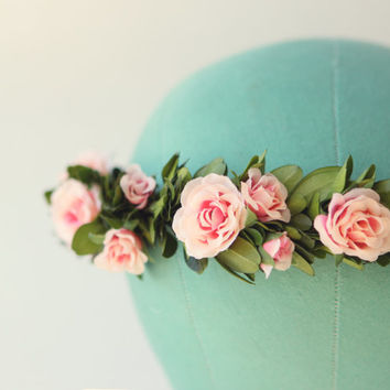 Boxwood and rose floral bridal wreath, Flower crown, Pink and green, Boho bridal head piece, garden wedding - COUNTRYSIDE