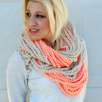 Peaches and cream chunky crocheted loop infinity scarf, cowl chain necklace