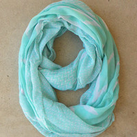 .Mint Zig Zag Loop Scarf [4574] - $10.00 : Vintage Inspired Clothing & Affordable Dresses, deloom | Modern. Vintage. Crafted.
