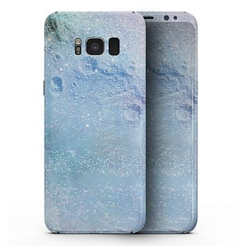 The Light Blue Cratered Moon Surface - Samsung Galaxy S8 Full-Body Skin Kit