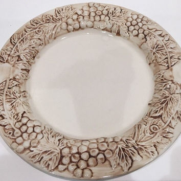 Euro Ceramica Vineyard Grapevine Stoneware Embossed 1 Dinner Plate