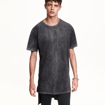 H&M Long T-shirt $17.99