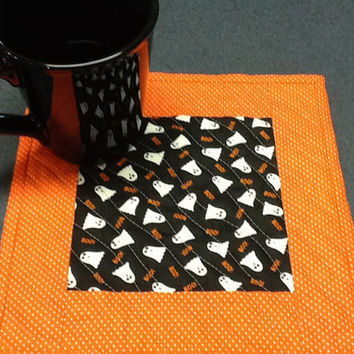 Halloween Ghosts Mug Rug - Quilted Black and Orange Candle Mat