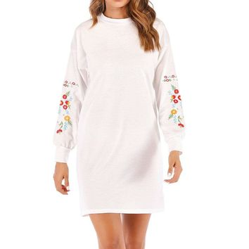 Elegant embroidery short dress women Long sleeve o neck white dress plus size robe spring vintage party dress