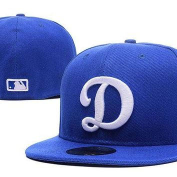 LMF8KY Los Angeles Dodgers New Era MLB Authentic Collection 59FIFTY Cap Blue-White D