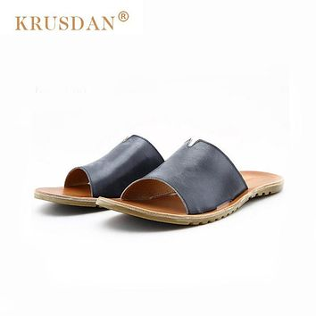 [KRUSDAN]100% Genuine Leather New Famous Brand Casual Men Sandals Slippers Summer Shoes Retro Beach Flip Flops