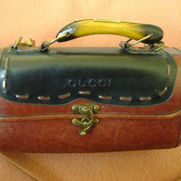 VINTAGE AD 231 GUCCI BROWN LEATHER SHOULDER BAG HANDBAG PURSE W/WOODEN HANDLE