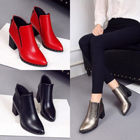 2017Hot in the ultra-lo Autumn Fashion Martin Boots Women Casual Leather Boots Pointed Toe Buckle Warm  Women Ankle Boots