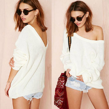 Off Shoulder Strapless Female Design Sweater = 5825588801