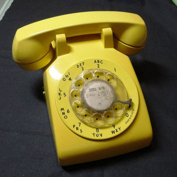 1970s Vintage Yellow Rotary Dial Telephone by Western Electric, Bell System - No Cords