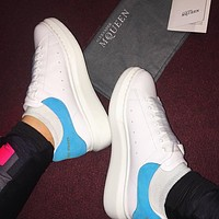 ALEXANDER MCQUEEN Tide brand female models low to help thick bottom increase sports white shoes(Velvet tail)