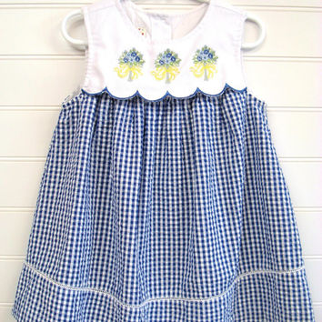 Vintage Toddler Clothes/Toddler Girl Dress, Black and White Gingham Sundress, Floral Bouquet Accented Toddler Dress. #